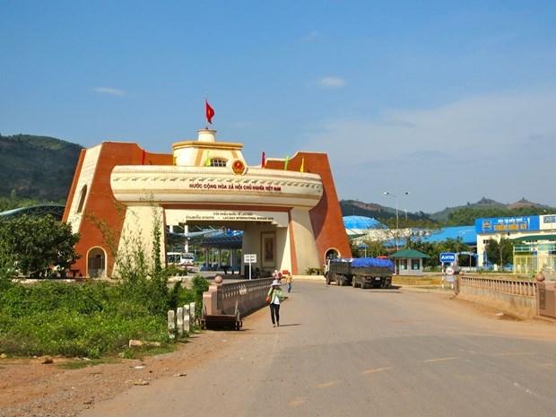 Laos reabre puertas fronterizas para facilitar los negocios hinh anh 1