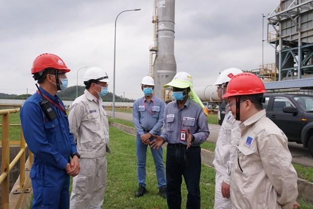 Filiales de empresa petrolera de Vietnam por enfrentar al tifon Molave hinh anh 1