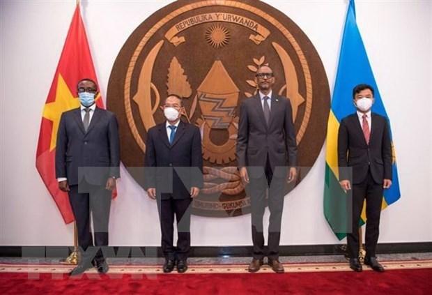 Ruanda desea impulsar las relaciones de amistad con Vietnam hinh anh 1