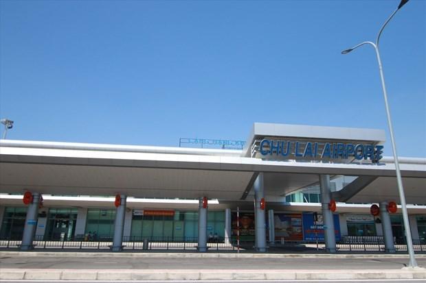 Aeropuerto vietnamita reanuda actividades tras cierre por tifon hinh anh 1
