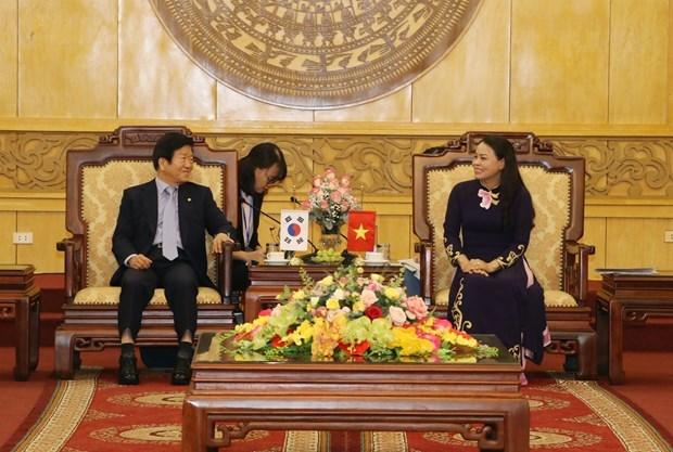 Aspira dirigente surcoreano ampliar relaciones comerciales con provincia vietnamita de Ninh Binh hinh anh 1