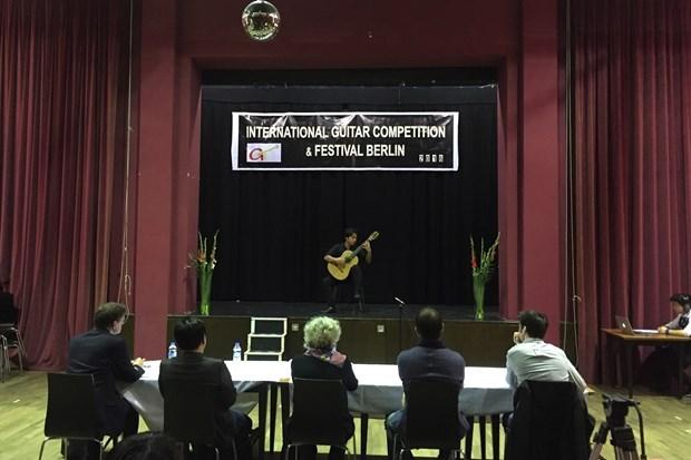 Guitarrista vietnamita gana premio en Concurso Internacional en Berlin hinh anh 1