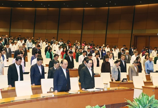 Asamblea Nacional de Vietnam continua su decimo periodo de sesiones hinh anh 1
