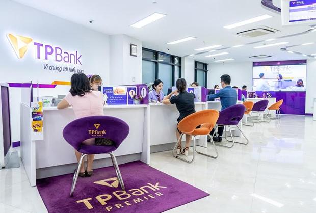 TPBank figura como uno de los cinco mejores bancos minoristas de Vietnam hinh anh 1