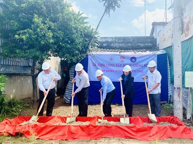 Ben Tre inicia la excavacion de 200 pozos en areas afectadas por la intrusion salina y la sequia hinh anh 1