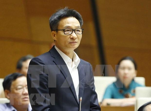 Vicepremier vietnamita responde preguntas sobre la labor preventiva contra COVID-19 hinh anh 1