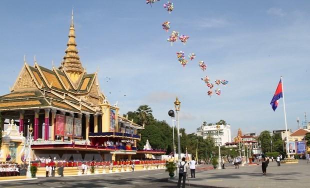 Maximo dirigente de Vietnam felicita a Camboya por Dia de la Independencia hinh anh 1