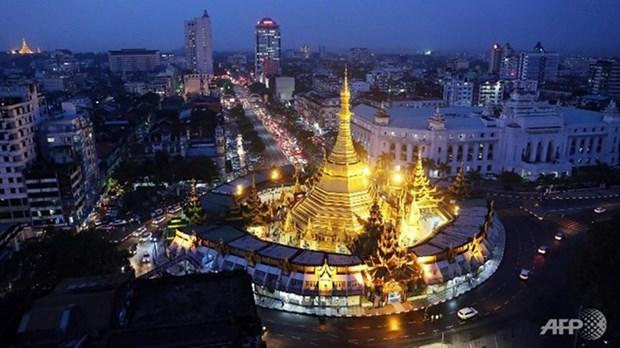 Myanmar alcanza intercambio comercial millonario con otros paises en octubre hinh anh 1