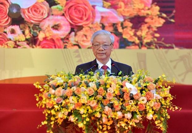 Enfatiza maximo dirigente de Vietnam necesidad de combinar la fuerza nacional y la de epoca en la diplomacia popular hinh anh 1