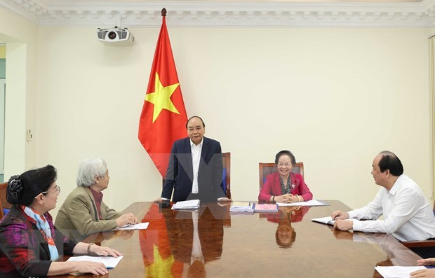 Llama premier de Vietnam a estimular el estudio por toda la vida hinh anh 1