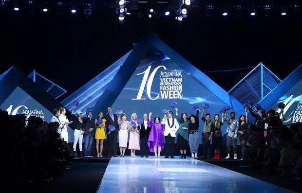 Inauguraran Semana Internacional de la Moda de Vietnam en Ciudad Ho Chi Minh hinh anh 1