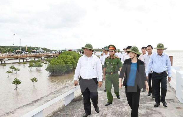 Presidenta del Parlamento pide reforzar combate contra la erosion costera hinh anh 1