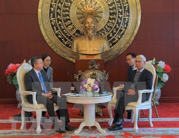 Fomentan cooperacion economica-comercial entre localidades vietnamitas y chinas hinh anh 1