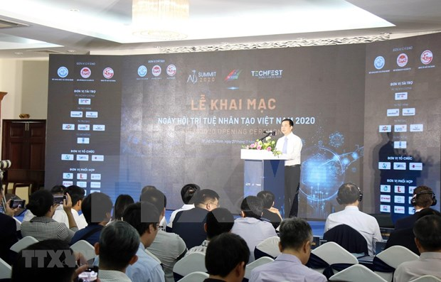 Vietnam por aplicar inteligencia artificial en lucha contra COVID-19 hinh anh 1
