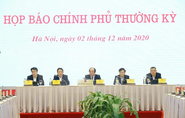 Situacion de COVID-19 acapara rueda de prensa tras reunion de gobierno de Vietnam hinh anh 1