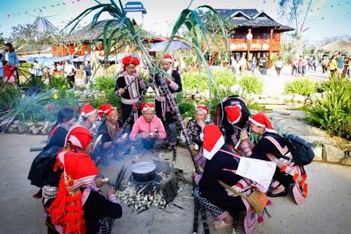 Efectuaran en Hanoi mercado de etnias minoritarias de zonas montanosas hinh anh 1