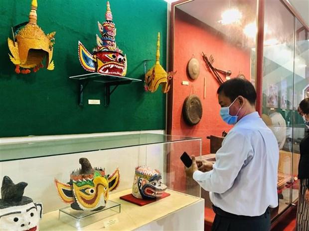 Inauguran exposicion fotografica sobre Partido Comunista de Vietnam hinh anh 1