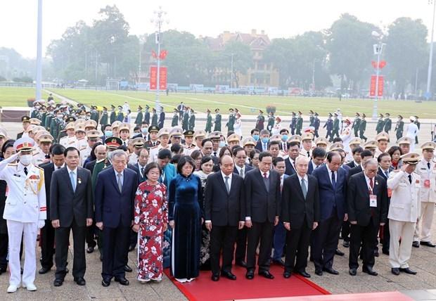 Rinden homenaje a Ho Chi Minh delegados de Congreso Nacional de Emulacion Patriotica hinh anh 1