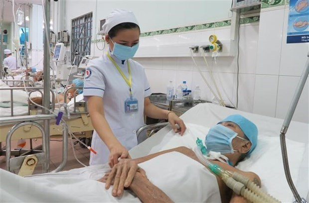 Hospital en provincia vietnamita de Vinh Long eleva calidad de servicios medicos hinh anh 1