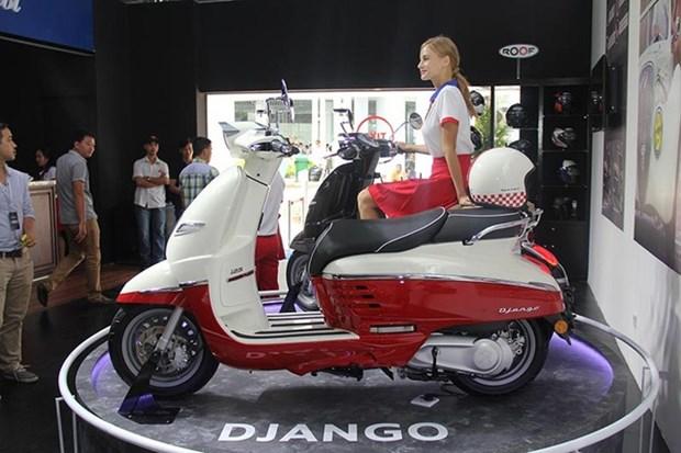 Empresa vietnamita Thaco coopera con Peugeot en comercio de motocicletas hinh anh 1