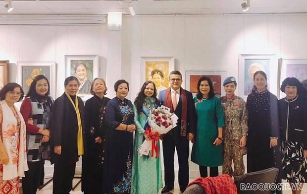Resaltan aportes de mujeres vietnamitas a labores diplomaticas por la paz hinh anh 1