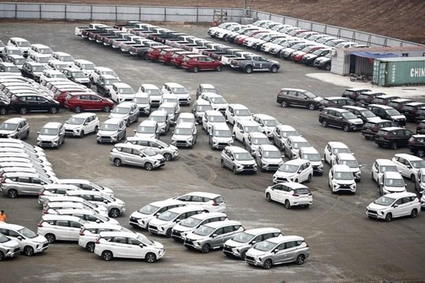 Disminuyen importaciones de automoviles de Vietnam hinh anh 1