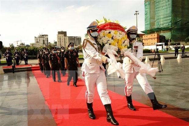Conmemoran en Camboya fundacion del Ejercito Popular de Vietnam hinh anh 1