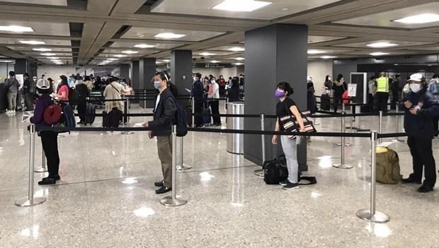 Repatrian a casi 360 ciudadanos vietnamitas desde Estados Unidos hinh anh 2