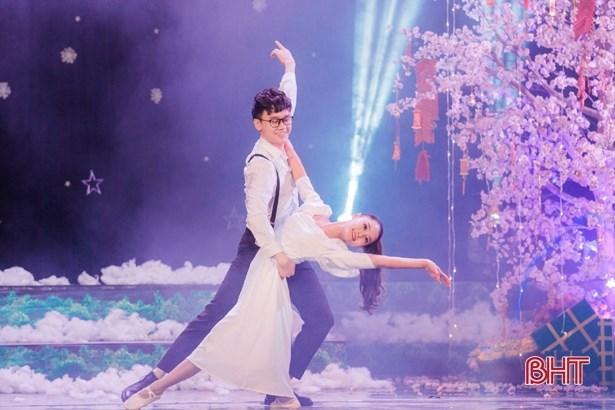 Regresara programa artistico de Navidad a favor de ninos etnicos vietnamitas hinh anh 1