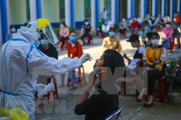 COVID-19: Exigen rastrear casos relacionados con paciente 1440 en Vietnam hinh anh 1