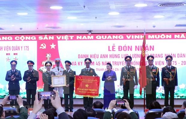 Hospital militar vietnamita recibe titulo de Heroe de Fuerzas Armadas Populares hinh anh 1