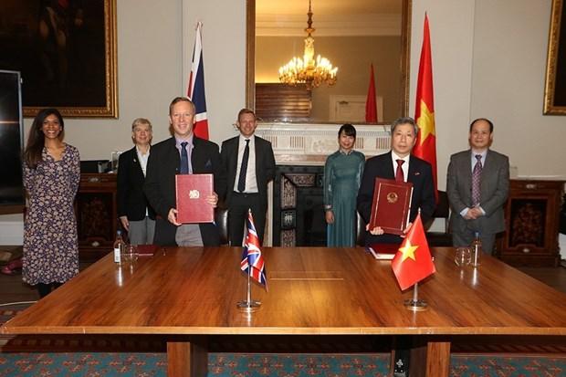 TLC abre futuro brillante para relaciones Reino Unido-Vietnam hinh anh 3