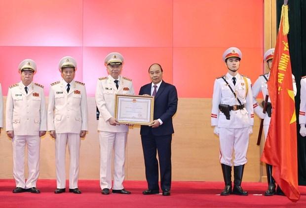 Insta premier de Vietnam a fortalecer lucha contra corrupcion hinh anh 1