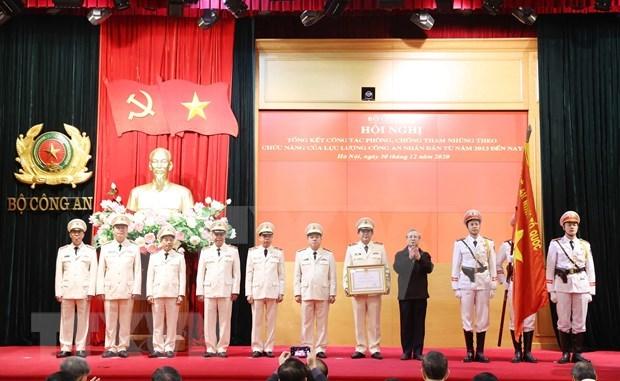 Insta premier de Vietnam a fortalecer lucha contra corrupcion hinh anh 2