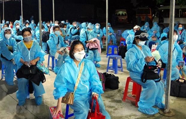 Regresan al pais 280 vietnamitas varados en Europa, Africa y America del Sur hinh anh 1