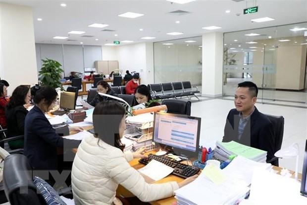 Vietnam supera plan de ingreso presupuestario por impuestos este ano hinh anh 1