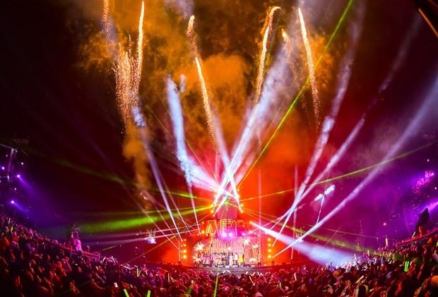 Celebran en Vietnam la llegada de 2021 con alegria y esperanza hinh anh 1