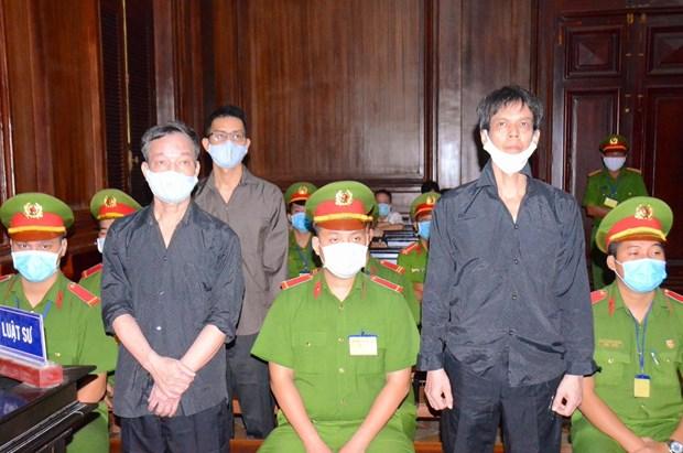 Condenan a 15 anos de prision a propagandistas antiestatales en Vietnam hinh anh 1