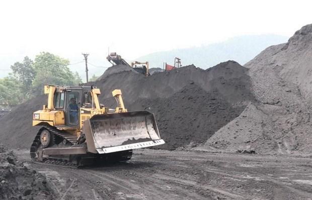 Grupo minero vietnamita reducira importaciones de carbon en 2021 hinh anh 1