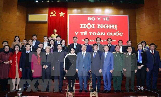 Premier de Vietnam insta al sector de salud a elaborar un plan de accion concreto hinh anh 2