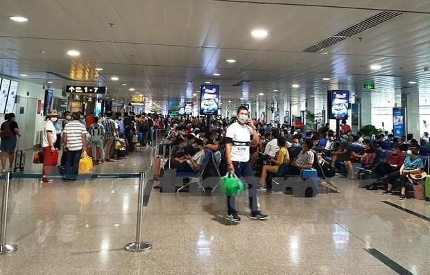 Pasajeros de Vietnam deberan realizar declaracion medica antes de abordar vuelos domesticos hinh anh 1