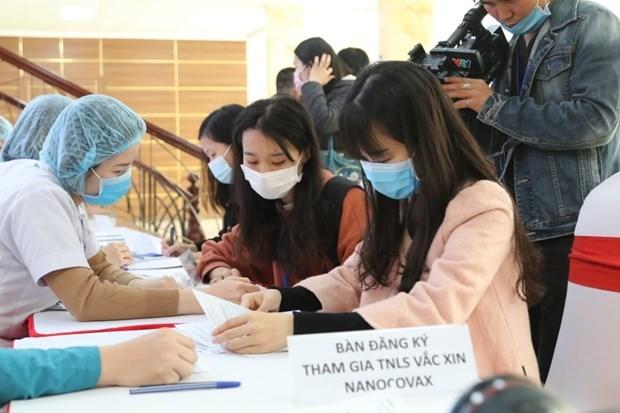 Vietnam realiza ensayos de la segunda vacuna de COVID-19 en seres humanos hinh anh 1