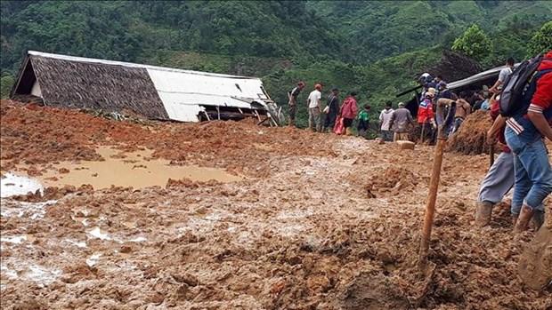Deslizamientos de tierra en Indonesia provocan muertes y heridos hinh anh 1
