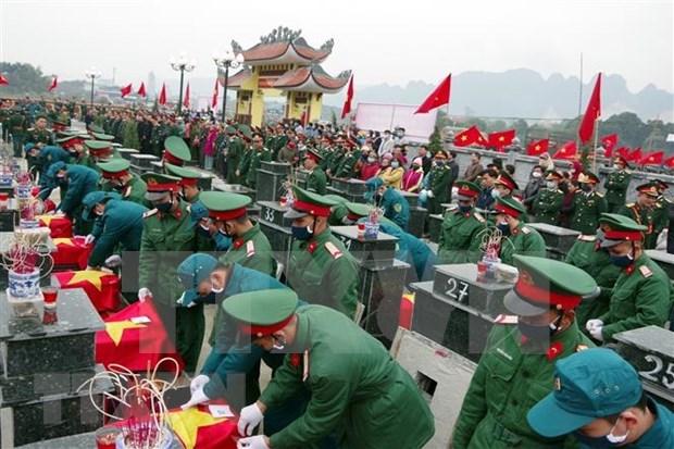 Rinden homenaje a martires vietnamitas caidos en resistencia contra colonialismo hinh anh 1