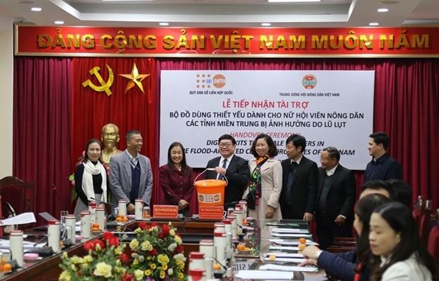 UNFPA brinda ayuda a mujeres y ninas en provincias centrales de Vietnam hinh anh 1