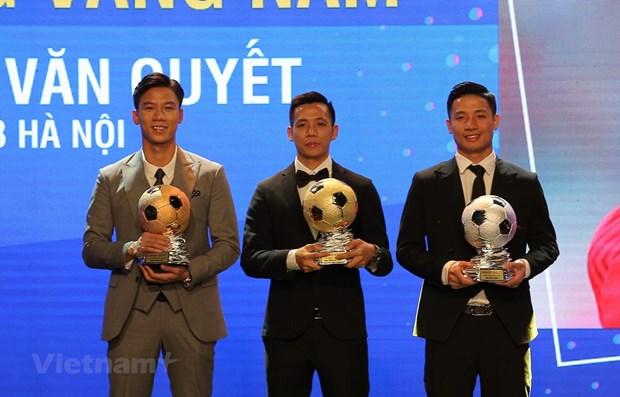 Nguyen Van Quyet conquista Balon de Oro de Vietnam en 2020 hinh anh 1