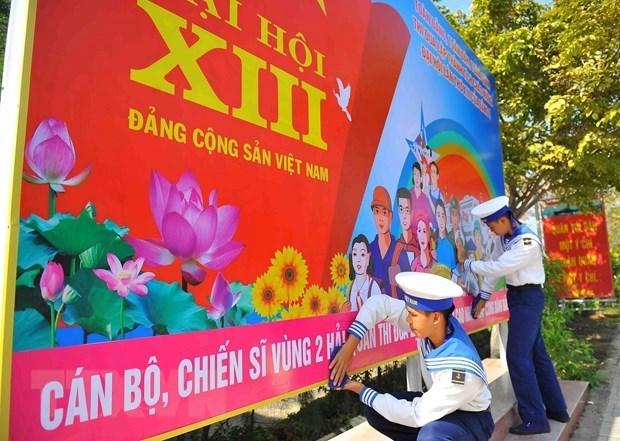 Presentan vision estrategica en visperas de XIII Congreso Nacional del Partido Comunista de Vietnam hinh anh 1