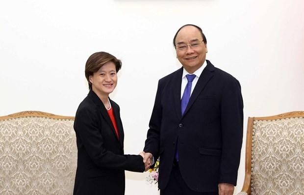 Premier de Vietnam invita a empresas tecnologicas de Singapur a invertir en su pais hinh anh 1