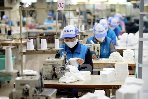 Vietnam exporta mas de mil 370 millones de mascarillas en 2020 hinh anh 1