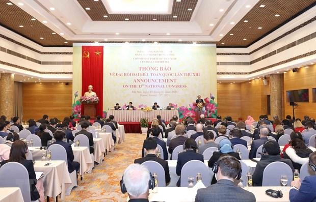 Informan a diplomaticos extranjeros sobre XIII Congreso Nacional del Partido Comunista de Vietnam hinh anh 1